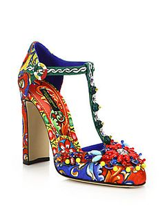 Dolce   Gabbana Embellished Brocade T-Strap Pumps Zapatos Nuevos 1aa510ff81a