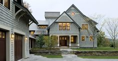 by Smith & Vansant Architects PCNorwich, VT, US 05055 ·  232 photosadded by sva_arch		Shingle style home drive court to entry elevation  					http://www.smithandvansant.com/