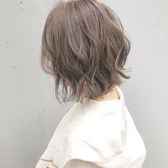 <映えヘアカラー>おしゃれに垢抜けるボブだからカワイイ髪色♡ 【HAIR】 Short Bob Hairstyles, Hairstyles Haircuts, Medium Hair Styles, Short Hair Styles, Hair Arrange, Mid Length Hair, Asian Hair, Grunge Hair, Green Hair