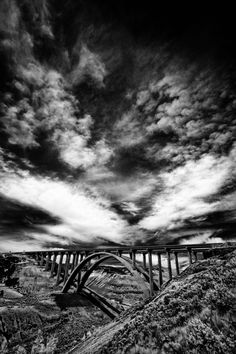 Fotografía en blanco y negro | Black & White photography | Infrared Sky #black #white #photography