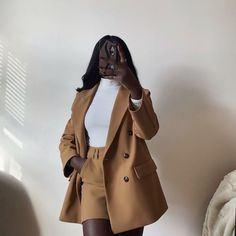 Long Coat Outfit, Trench Coat Outfit, Girl Outfits, Cute Outfits, Fashion Outfits, Girls Trench Coat, Indie, Looks Black, Black Girl Aesthetic