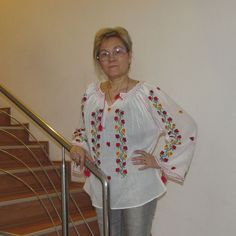 Modele de ii romanesti, noi, in stoc Sari, Fashion, Saree, Moda, La Mode, Fasion, Fashion Models, Saris, Trendy Fashion