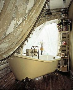 That is so cool. French style bathroom. Boho Bathroom, Bathroom Vintage, Bathroom Ideas, Water Damage, Duct Cleaning, Modern Bohemian, Bohemian Style, Canopy, Flush Toilet