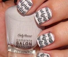Love these.....I want the design on my finger nails