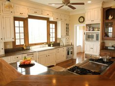 Amazing Kitchen Renovations | Kitchen Designs - Choose Kitchen Layouts & Remodeling Materials | HGTV