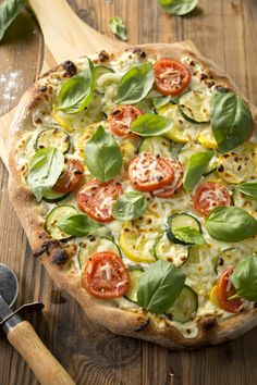Vegetarian Pizza at PaulaDeen.com
