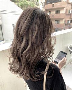Korean Hair Dye, Korean Hair Color, Brown Hair Korean, Korean Medium Hair, Korean Long Hair, Brown Hair With Blonde Highlights, Brown Hair Balayage, Hair Highlights, Hair Dye Colors