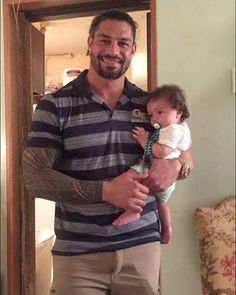 "19.1k Likes, 244 Comments - Roman Reigns (@realromanwwe) on Instagram: ""Roman's new son."""