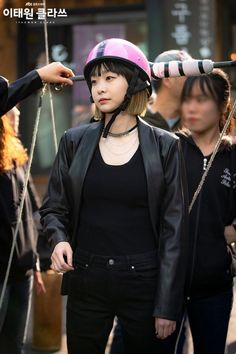 """[Photos] New Stills and Behind the Scenes Images Added for the Korean Drama """"Itaewon Class"""" @ HanCinema :: The Korean Movie and Drama Database Korean Actresses, Korean Actors, Actors & Actresses, Drama Korea, Korean Drama, Korean Celebrities, Celebs, Kdrama, Class Pictures"""