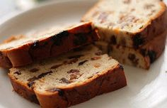 Irish Barmbrack Recipe - Traditional for Samhain or Yule, but good any time of the year.