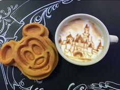 magical breakfast Disney Snacks, Disney Food, Disney Stuff, Disney Vacations, Disney Trips, Comida Disneyland, Disneyland Photos, Disneyland Resort, Vintage Disneyland