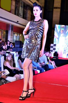 bc907d0aa15 Reliance Trends  Star-studded fashion show for the launch of Fast Fashion  Brand INTRIBE