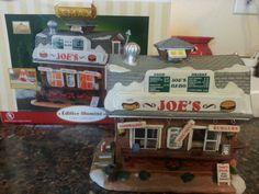Lemax Harvest Crossing Joe's Burger & Hot Dog Stand Christmas Village Building