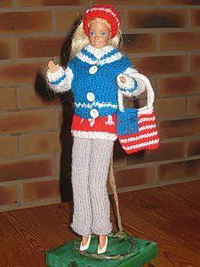 Barbie-a-New-York - 3 - Barbie Style, Barbie Et Ken, Barbie Dolls, Crochet Barbie Clothes, Fashion Dolls, Harajuku, Knitting, New York, Inspire