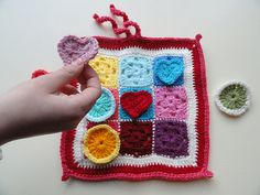 A tic tac toe crocheted game. Cute!