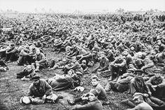 Massenmord:  Gefangene Rotarmisten vegetierten oft notdürftig bewacht auf...