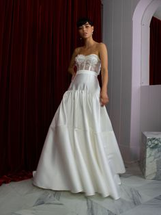 If you love Princess Diana's wedding dress or you're a bridal trendsetter, you'll want to hear the news: taffeta wedding dresses are back! Atlas Skirt by Halfpenny London