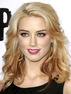 Frauen Club Frisuren Amber Heard Glamouröse Frisuren zu Kopieren 2017 - Frauen Club Frisuren