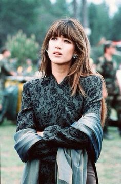 Women We Love: Sophie Marceau Photos) Sophie Marceau is a French actress who has appeared in films such as Braveheart and The World is Not Enough. In Marceau was cast as Princess Isabelle in the Mel Gibson historical epic Braveheart. Bond Girls, Sophie Marceau James Bond, Sophie Marceau Photos, Tv Spielfilm, Jenifer Aniston, James Bond Movies, My Hairstyle, Men's Hairstyles, Braveheart