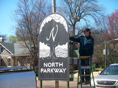 UrbanArt: Memphis Parkway Emblems: Markers of Our Past and Present – Frank Morris installs new urban art