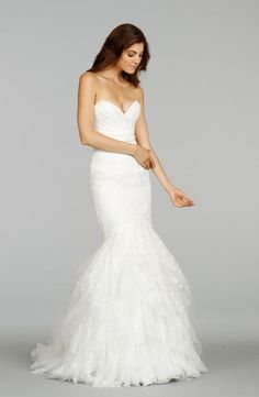 Alvina Valenta - Sweetheart Mermaid Gown in Chantilly Lace