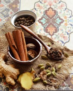 How to make Arabic 7 spice blend at home