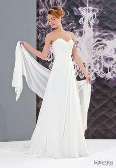Nymphéa - Eglantine - Robe de mariée fluide en mousseline. Buste drapé et laçage dos.