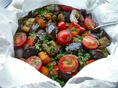laxanika psimena se xarti syntages Caprese Salad, Sprouts, Kai, Side Dishes, Vegan, Dinner, Vegetables, Recipes, Food