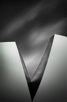 Vision by Jamal Alias Architecture Artists, Space Architecture, Geometric Lines, Abstract Lines, Art Science Museum, Architectural Elements, Geometry, Art Photography, Modern Design