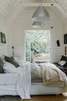 My dream holiday home (and garden room)! 2019 My dream holiday home (and garden room)! The White House Daylesford. The post My dream holiday home (and garden room)! 2019 appeared first on House ideas. Home Bedroom, Bedroom Decor, Master Bedroom, Bedroom Ideas, Serene Bedroom, Garden Bedroom, Wall Decor, Bedroom Photos, Design Bedroom