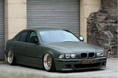 BMW, 5-Series, stanced, matte green.