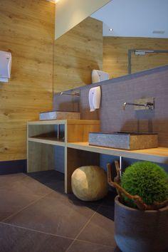 Stone Waschtische und Atera Armaturen im Hotel Huber in Vals