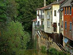 Lods l'un des plus beaux villages de France