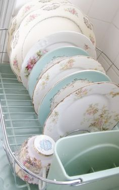 Pretty plates on display (from Vintage Bella Studio)