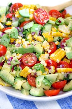 Tomato Avocado Salad This Corn Tomato Avocado Salad is my favorite summery side dish that goes beautifully with everything grilled!This Corn Tomato Avocado Salad is my favorite summery side dish that goes beautifully with everything grilled! Avocado Tomato Salad, Avocado Salad Recipes, Summer Salad Recipes, Summer Salads, Avocado Toast, Cucumber Salad, Grilled Avocado, Avocado Dishes, Summer Corn Salad