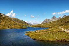 Was gibt es schöneres als an einem Sommertag am Bergsee in Tirol zu entspannen? Hier findet ihr unsere Top 12 Bergseen für den Sommer. Lasst euch inspirieren! Berg, Olympus, Land Scape, Switzerland, Mountains, Instagram, Nature, Travel, First Day Of Summer