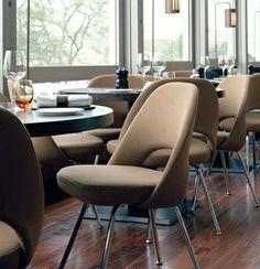 The Saarinen Executive Armless Chair | Designed by Eero Saarinen (1950) | KnollStudio