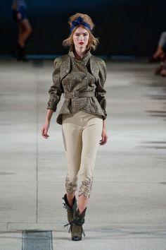Défilé Alexis Mabille, prêt-à-porter printemps-été 2014, Paris. #PFW #fashionstreet #runway