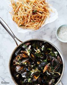 birthday dinner ideas Moules Frites Mussels And Fries Recipe Fish Recipes, Seafood Recipes, Oven Recipes, Quick Recipes, Pasta Recipes, Soup Recipes, Pork Scallopini, Easy French Recipes, Easy Summer Dinners