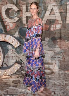 poppy-delevingne-wear-a-multi-coloured-at-a-celebratory-channel-dinner_1