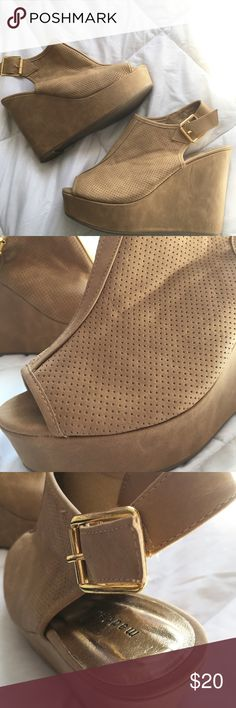 """Madden Girl Wedges Madden Girl! Tan faux leather wedges with back cutouts and a gold buckle. Never worn - in perfect condition. 4.5"""" heel with 1.5"""" platform.                                                                                  ‼️Reasonable Offers Accepted‼️.                                                 📦BUNDLE AND SAVE📦 Madden Girl Shoes Wedges"""