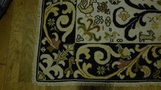 Alexander Mcqueen Scarf, Rugs, Accessories, Home Decor, Oil On Canvas, Farmhouse Rugs, Goblin, Decoration Home, Room Decor