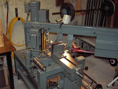 Swivel-Head Bandsaw by bjmh46 -- Swivels at a maximum of 60 degrees in one direction. Cutting is done using bi-metal or carbon hardback bandsaw blades. http://www.homemadetools.net/homemade-swivel-head-bandsaw-2