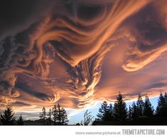 Asperatus cloud at sunset in New Zealand
