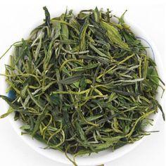 250g Early Spring chinese green tea china Huangshan Maofeng tea green organic tea thefood for health care weight loss products   Confira um novo artigo em http://produtoschineses.com.br/products/250g-early-spring-chinese-green-tea-china-huangshan-maofeng-tea-green-organic-tea-thefood-for-health-care-weight-loss-products/