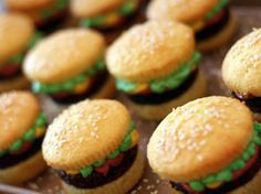 Burguer cupcakes in Cupcakes and muffins recipes, step by step instructions of how to cook and bake