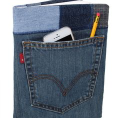Gearing up for the holiday season? Back pocket journals make awesome gifts -- no batteries required! ;) #noBatteriesRequired #holidaysUnplugged #reclaimed #denim