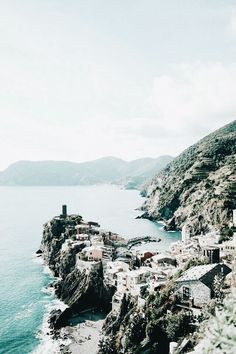 Travelling to Italy soon? Cinque Terre is one of my favourite parts of Italy and a must see. Here is what to do in Cinque Terre today on TVOB! Places Around The World, The Places Youll Go, Places To See, Around The Worlds, Cinque Terre, Places To Travel, Travel Destinations, Magic Places, Jolie Photo