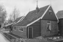 De Rijp. Lievelandsbuurt 3 begin jaren 1970. De achterkant van het woonhuis met …