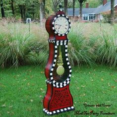 Hand Painted Grandfather Clock I have a Swedish Mora clock, but mine is plain maple wood. I love the shape of it. Hand Painted Furniture, Paint Furniture, Cool Furniture, Clock Painting, Painting On Wood, Alice In Wonderland Clocks, Tick Tock Clock, Mackenzie Childs Inspired, Unusual Clocks